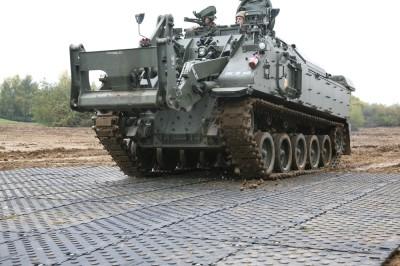 Maxitrack army tank