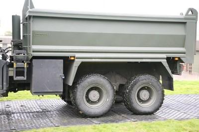 Maxitrack army trailer