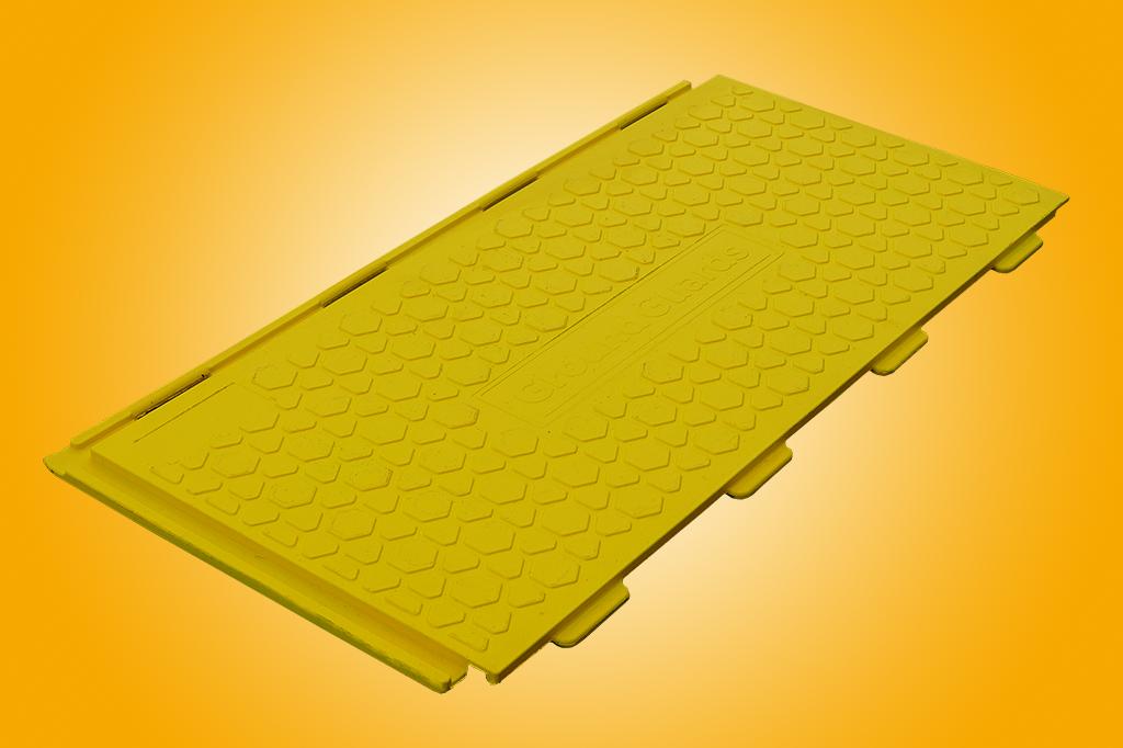 Walkway tread ground protection mat yellow
